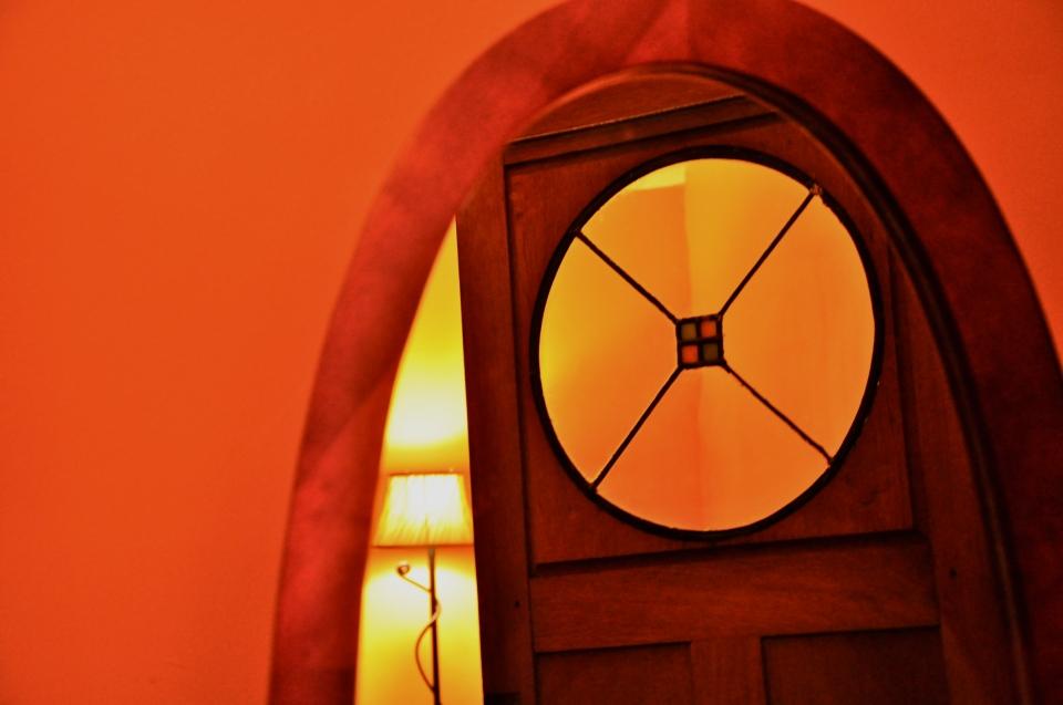 door lamp mirror smear